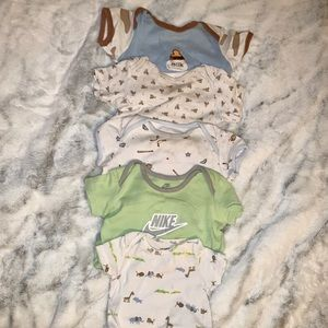 5 Onesies for Baby 0-6 months short sleeve